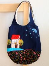 2013RURUの刺繍バッグ紺色 front
